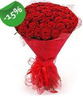 51 adet kırmızı gül buketi özel hissedenlere  Muş çiçek siparişi sitesi