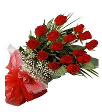 15 kırmızı gül buketi sevgiliye özel  Muş çiçek gönderme sitemiz güvenlidir