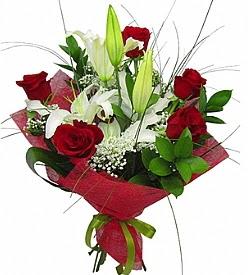 1 dal kazablanka 5 kırmızı gül buketi  Muş kaliteli taze ve ucuz çiçekler