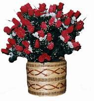 yapay kirmizi güller sepeti   Muş kaliteli taze ve ucuz çiçekler