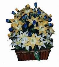 yapay karisik çiçek sepeti   Muş çiçek gönderme