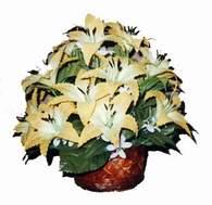 yapay karisik çiçek sepeti   Muş çiçek siparişi sitesi