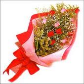 12 adet renkli  gül buketi   Muş çiçekçi mağazası