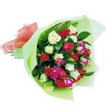 12 adet renkli gül buketi   Muş çiçek gönderme sitemiz güvenlidir