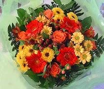 Muş ucuz çiçek gönder  sade hos orta boy karisik demet çiçek