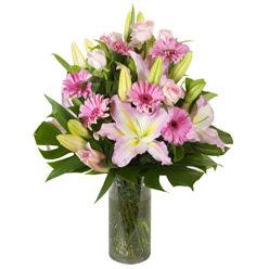 vazo içerisinde karisik mevsim çiçekleri  Muş internetten çiçek siparişi