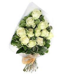 Muş online çiçekçi , çiçek siparişi  12 li beyaz gül buketi.