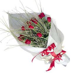 Muş yurtiçi ve yurtdışı çiçek siparişi  11 adet kirmizi gül buket- Her gönderim için ideal