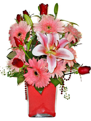 Muş cicek , cicekci  karisik cam yada mika vazoda mevsim çiçekleri mevsim demeti