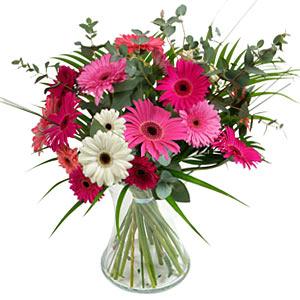 15 adet gerbera ve vazo çiçek tanzimi  Muş online çiçek gönderme sipariş