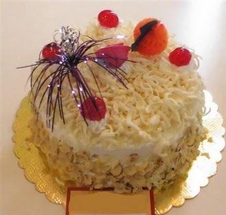 pasta siparisi 4 ile 6 kisilik yaspasta mis lezzette  Muş çiçekçi telefonları