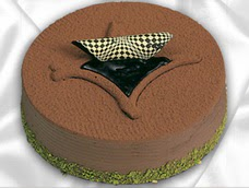 pasta siparisi 4 ile 6 kisilik yas pasta çikolata yaspasta  Muş anneler günü çiçek yolla