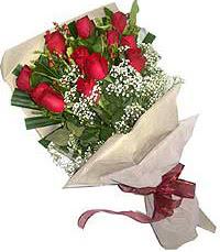 11 adet kirmizi güllerden özel buket  Muş internetten çiçek siparişi