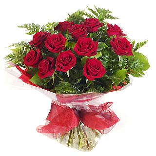 Ucuz Çiçek siparisi 11 kirmizi gül buketi  Muş çiçek online çiçek siparişi