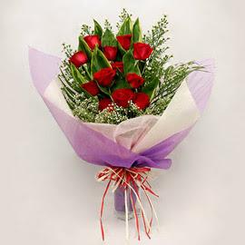 çiçekçi dükkanindan 11 adet gül buket  Muş çiçekçi mağazası