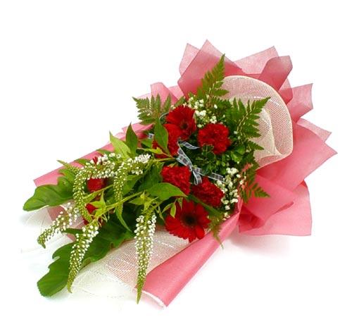 Karisik çiçek buketi mevsim buket  Muş çiçek siparişi sitesi