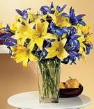 Muş anneler günü çiçek yolla  Lilyum ve mevsim  çiçegi özel