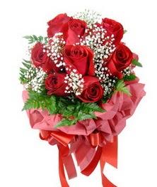 9 adet en kaliteli gülden kirmizi buket  Muş çiçek servisi , çiçekçi adresleri
