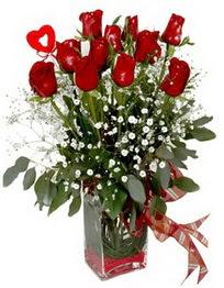 Muş çiçek siparişi vermek  9 adet mika yada cam vazoda gül tanzimi kalp çubuk