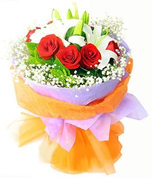 Muş çiçek gönderme sitemiz güvenlidir  1 dal kazablanka 7 adet kırmızı gül buketi