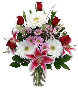 Muş çiçek mağazası , çiçekçi adresleri  1 dal kazablanka 5 gül ve kırçiçeği vazosu