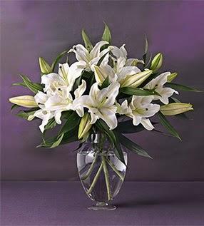 Muş İnternetten çiçek siparişi  4 dal cazablanca vazo çiçeği