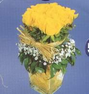 Muş anneler günü çiçek yolla  Cam vazoda 9 Sari gül