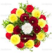 Muş çiçekçi mağazası  13 adet mevsim çiçeğinden görsel buket