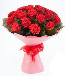 15 adet kırmızı gülden buket tanzimi  Muş çiçek siparişi sitesi