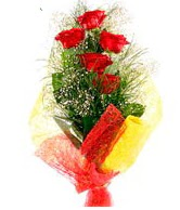 5 li kırmızı gül buketi  Muş internetten çiçek satışı