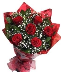 6 adet kırmızı gülden buket  Muş yurtiçi ve yurtdışı çiçek siparişi
