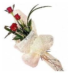 3 adet kırmızı gül buketi  Muş güvenli kaliteli hızlı çiçek