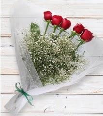 5 kırmızı gülden sade buket  Muş çiçek yolla