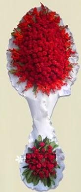 Çift katlı kıpkırmızı düğün açılış çiçeği  Muş anneler günü çiçek yolla