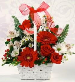 Karışık rengarenk mevsim çiçek sepeti  Muş internetten çiçek siparişi