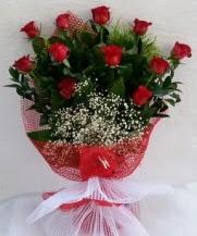 11 adet kırmızı gülden görsel çiçek  Muş çiçek satışı